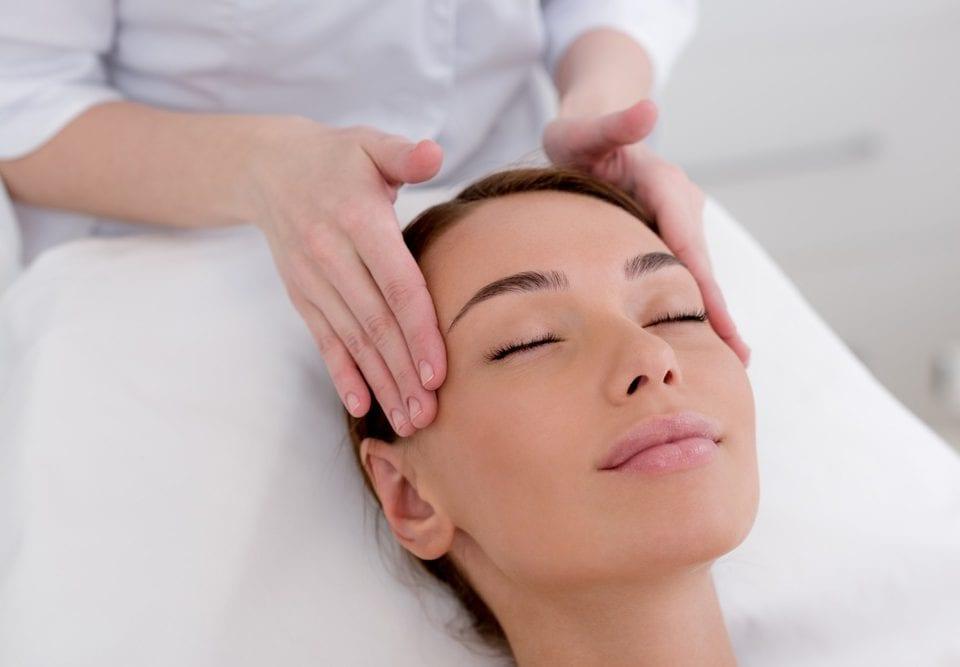 avoiding bruising dermal filler procedures